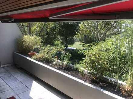 Komfortable Terrassenwohnung, sehr zentral, direkt am Neckar, zu vermieten