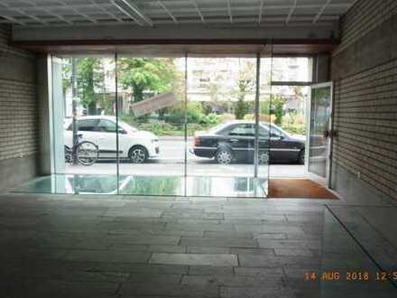 Ladenlokal auf 2 Ebenen in der Innenstadt