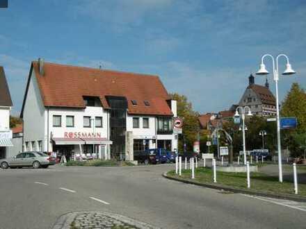 Besigheim - zentrale 3-Zimmer-Wohnung für Jung und Alt!