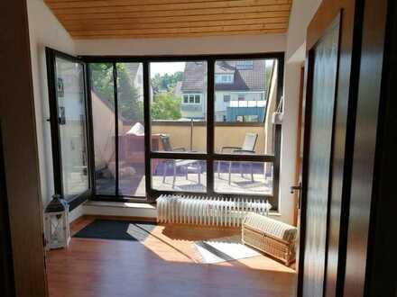 Helle, gepflegte 2-Zimmer-Wohnung mit Balkon in Stuttgart