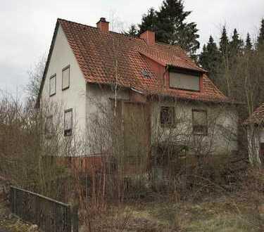 6 R.,KDB: Geräumiges Einfamilienhaus mit Garage, Garten und Nebengebäude (Werkstatt, Lager, Garage)