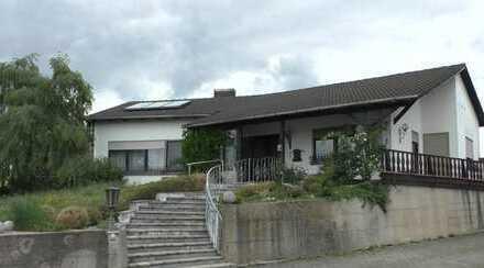 Die exclusive Lage machts: Freistehender Bungalow in der Stadt Abensberg