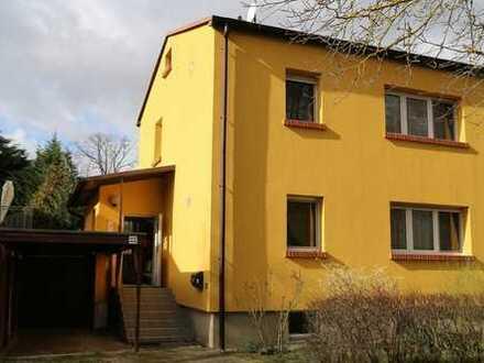 Modernisierte 3-Zimmer-Einfamilienhaus mit Einbauküche in Klein Kreutz