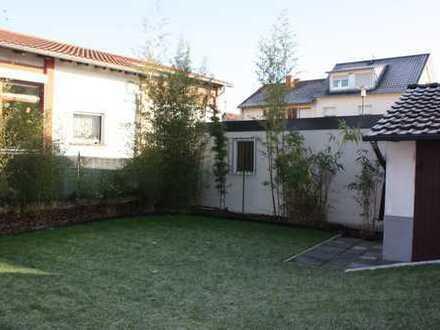Großzügige Wohnung inkl.Wintergarten & eigenem Garten für berufstätiges Paar