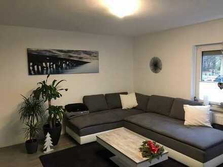 Gepflegte 2,5-Zimmer-Hochparterre-Wohnung mit Wintergarten in Bremen