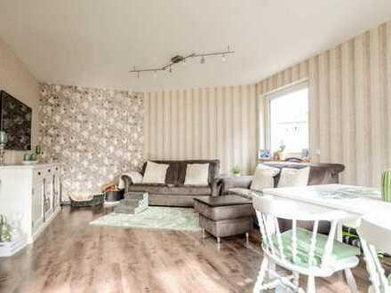 Attraktive Eigentumswohnung mit 2 Balkonen und Einbauküche * 4 Zimmer * Bad mit Duschwanne * G-WC