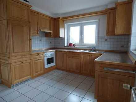 helle, großzügig geschnittene 3,5-Zimmer-Wohnung mit Balkon und EBK in Kandern-Holzen