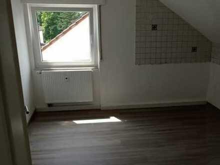 Modernisierte 2-Raum-DG-Wohnung in Renningen