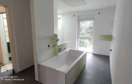 Erstbezug nach Sanierung - Traumhafte 3-Raumwohnung im EG mit Terrasse | Bad mit Wanne u. Dusche uvm
