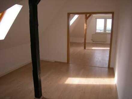 Schöneck: Renoviert, mit heller, gemütlicher Wohnküche, nahe des Krankenhauses