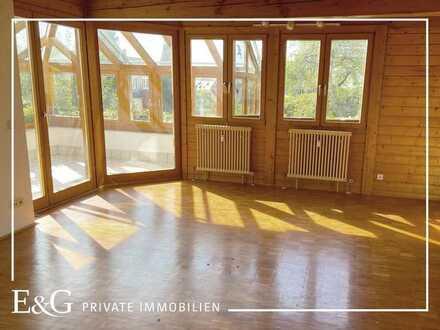 Rarität: Großzügiges Einfamilienhaus mit ELW, Gartenhaus und großem Garten in Herrenberg