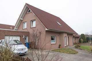 Schönes Haus mit sechs Zimmern in Cloppenburg (Kreis), Garrel