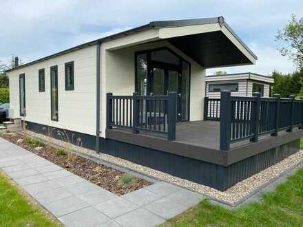 Neues Mobilheim der Firma Lacet mit Terrasse - Der Klassiker kommt zum Franz-Felix-See