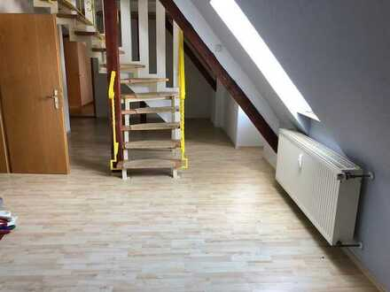 gemütliche 3,5 Raum Wohnung im Villenviertel - WG geeignet