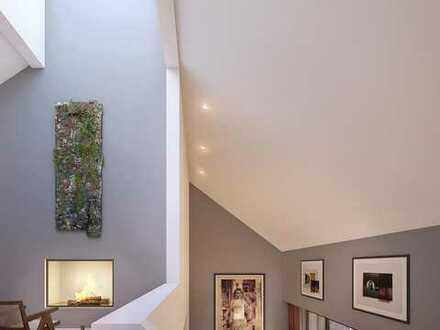 Hochwertig ausgestattete 3-Zimmer-Galeriewohnung mit bis zu 8 Meter Raumhöhe und sonnigem Balkon
