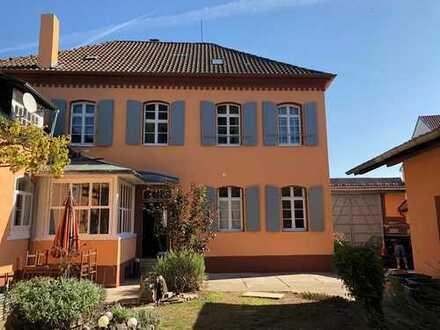 Idyllisches Anwesen in ruhiger Lage mitten in Rülzheim (Kreis Germersheim)