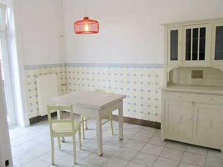 Sehr hübsche und ruhige 2 Zimmer Wohnung mit 2 Balkonen
