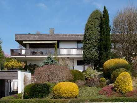 Einzigartiges Einfamilienhaus in bester Lage mit Bergblick!