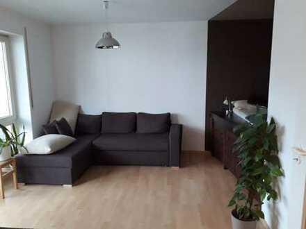 Schöne, geräumige 1 Zimmer Wohnung in Augsburg, Königsbrunn mit Balkon
