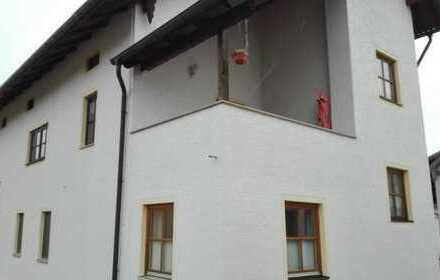 4-Zimmer-Wohnung mit Balkon und EBK in Wolnzach OT Niederlauterbach