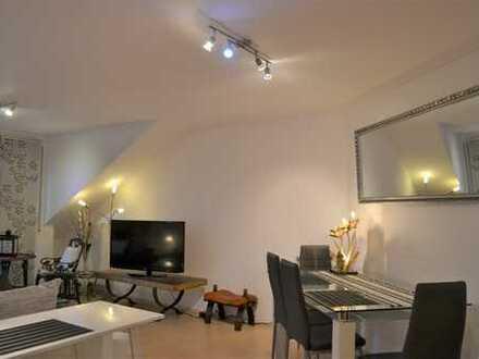 Großzügige 2-Zimmer-Wohnung mit Dachloggia in Aichtal