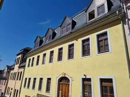 Toll sanierte 2-Raum Wohnung im Herzen der Bergstadt!