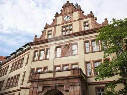 //Dachgeschosswohnung mit traumhaften Wohnbereich und exklusiver Ausstattung in Gohlis//
