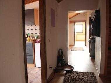 *** WG *** helle Dachgeschosswohnung 100qm bei Kaiserslautern