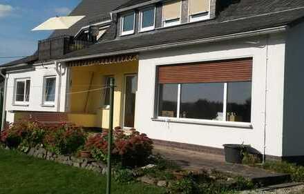 Helle 4,5-Zimmerwohnung im EG mit Terrasse und Garten in Kreuztal