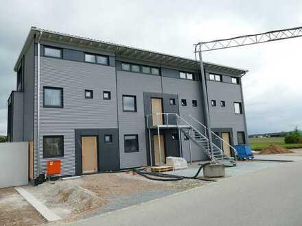 Helle Wohnung über 2 Etagen 104 m² mit Dachterrasse, Erstbezug