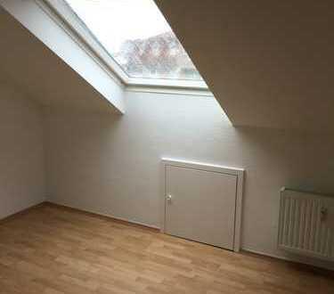 Exklusive, vollständig renovierte 4-Zimmer-Dachgeschosswohnung mit Balkon und EBK in Heiden