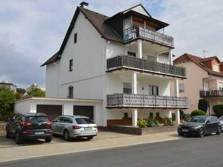 Ruhige 3-Zimmer-DG-Wohnung mit Südbalkon in Waldrandlage