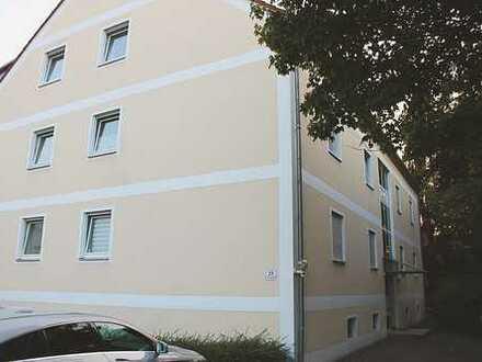 Gepflegte 1-Zimmer-Wohnung mit Balkon und EBK in Regensburg - Nähe Gewerbepark