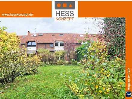 AB SOFORT: Haus mit Südgarten, Terrasse, PKW-Stellplatz. Frisch renoviert, neue Einbauküche inkl.
