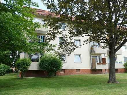 Sehr gepflegte 2-Zimmer-ETW mit guter Aufteilung & Balkon in ruhiger zentraler Lage