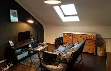 Single Apartment | Gemütlichkeit pur! | Altbau | im Zentrum zu vermieten!
