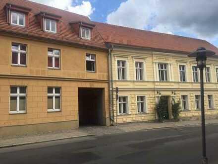 komplett renovierte 2 Raum Dachgeschosswohnung in Rheinsberg, Stadtmitte
