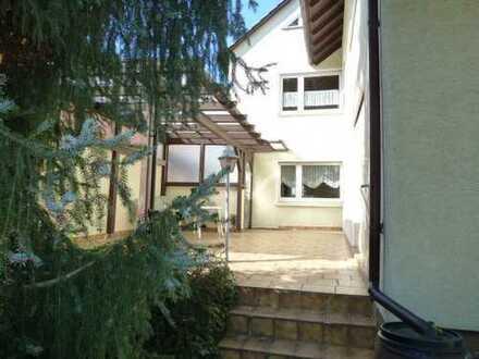 Zweifamilienwohnhaus in guter Lage in Worms-Pfeddersheim ***Provisionsfrei***