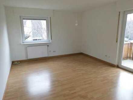 Freundliche 3-Zimmer-Wohnung mit Balkon in Stuttgart