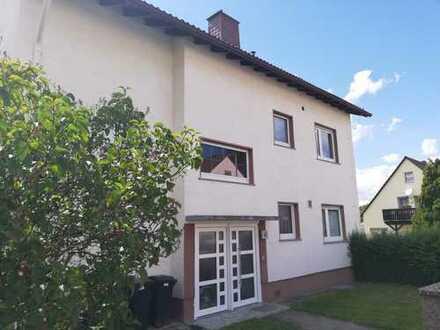 Helle, voll renovierte 3,5 Zi-Wohnung mit Blick ins Grüne