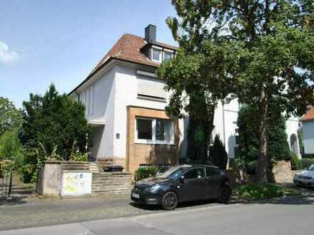 Hübsche Souterrain-Wohnung mit eigenem Eingang im Ehrenfeld!