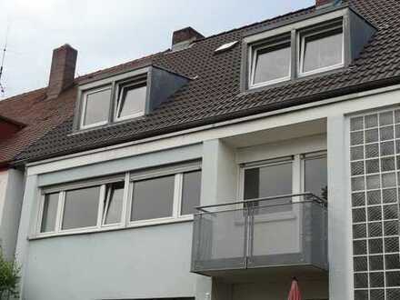 Schöne sanierte 3-Zimmer-Wohnung, mit EBK, 2 Balkonen, ruhigem Garten/Innenhof, Nürnberg von privat