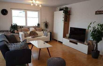 Schöne 3-Zimmer-Wohnung im 1.OG mit Balkon,EBK + TG Stellplatz in Reichenbach an der Fils