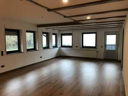 Gepflegte Maisonette-Wohnung mit neuer Einbauküche in Lennestadt-Altenhundem ab sofort zu vermieten!