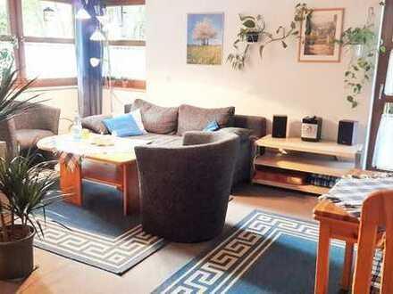 Online buchbar ab 1 Monat: 1-Zimmerwohnung mit Internet, Du/Wc, TV, Küche und Terrasse