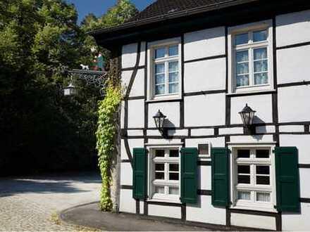 RESERVIERT- frisch renoviertes & möbliertes Appartement im ehemaligen Ratskrug