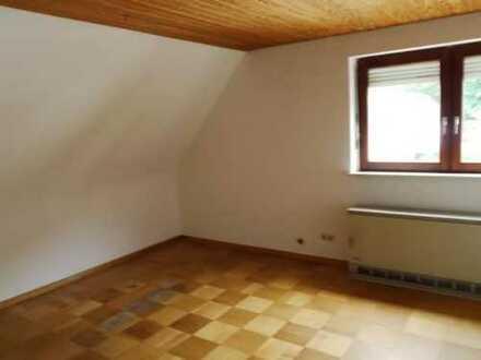 Geräumige 2 Zimmer DG-Wohnung Wolfach