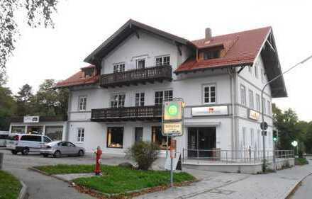 Erstbezug nach Sanierung: exklusive 3-Zimmer-Dachgeschosswohnung mit Balkon in Ebenhausen
