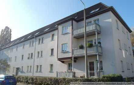 NEU 4-Raum-Wohnung mit Balkon und Wintergarten NEU