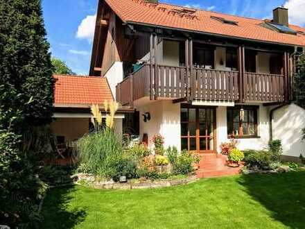 *** 155 m² Raum zum Leben *** ruhiges und sonniges Doppelhaus in Top-Zustand